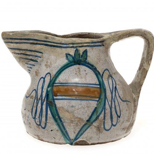 Kanne. Majolika, glasiert, farbig bemalt. Toskana oder Latium, 16./17. Jh. H. 11,5 cm.
