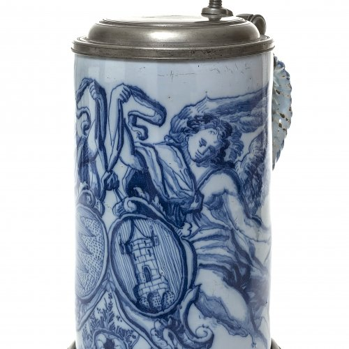 Walzenkrug. Franken. Blaugrundig mit großem Wappen. H. 25,5 cm.