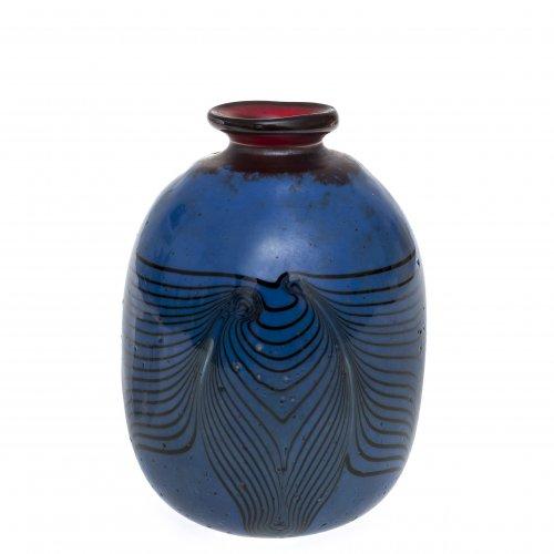Vase. Glas. Erwin Eisch. H. 11 cm. Sign. Dat. 80.