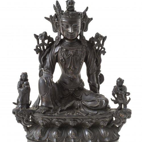 Bodhisattva. Tibet. Bronze. H. 22 cm.