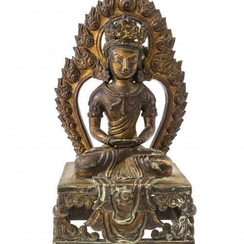 Buddha Amitayus mit Flammenaureole. Tibet. Bronze. H.21 cm.