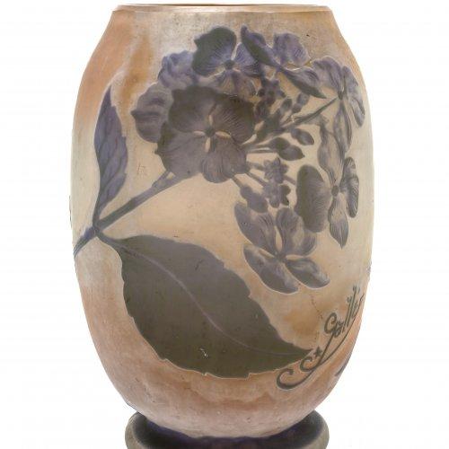 Gallé, Emile. Vase. Glas. H. 20 cm.