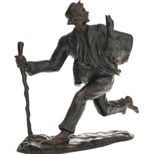 Plessner, Jakob, zugeschrieben. Hans im Glück. Bronze, patiniert. Im Laufschritt, auf den Stab gestützt, im Arm hält er die Gans. Berieben, aufgelötete Bodenplatte lose. Unsign. H. 20 cm.