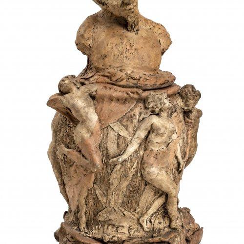 Loret, F., Ton-Modell für ein Deckelgefäß, H. 46 cm, Jugendstil.