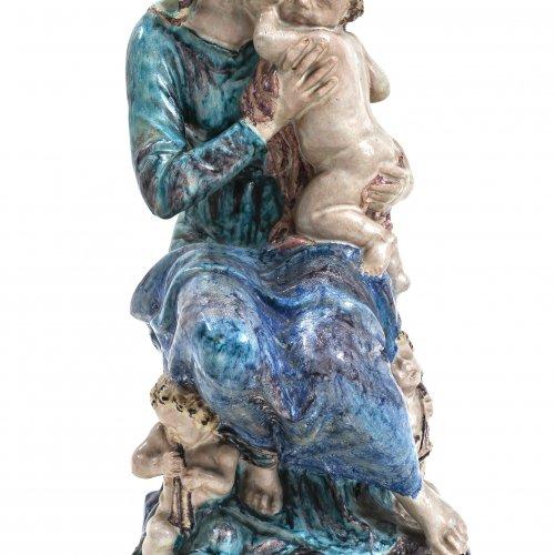 Kemper, Georg, Mutter mit Kind, Majolika, H. 55 cm.