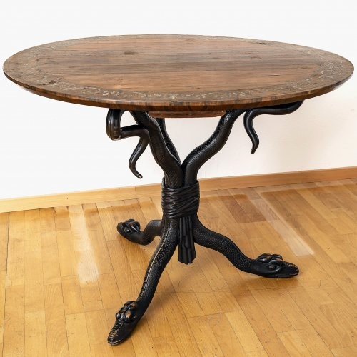 Tisch auf Schlangenfüßen, Platte mit Zinneinlagen, Palisander, furniert, Berlin, um 1820, H. 77 cm, ø100 cm.