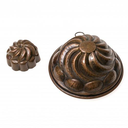 Zwei Kupfermodel, rund, ø7-16 cm.