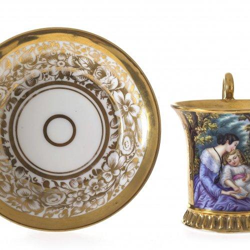 Tasse mit Untertasse. Schlaggenwald, um 1838. Preßmarke