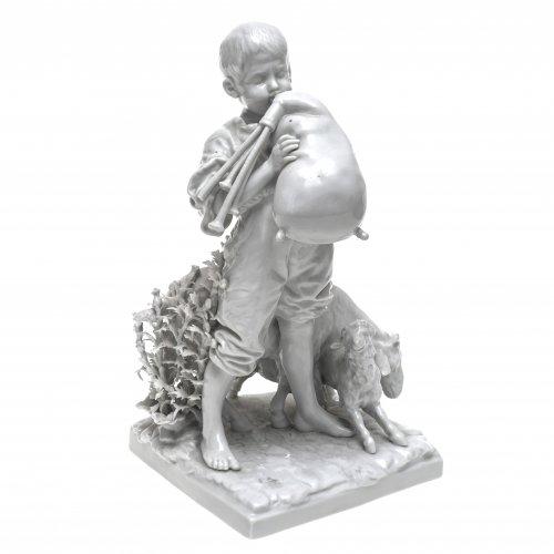 Dudelsackspieler. Weißporzellan. H. 25 cm.